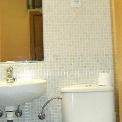 Отель Hostal Parajas Испания, Мадрид - отзывы, цены и фото номеров - забронировать отель Hostal Parajas онлайн ванная