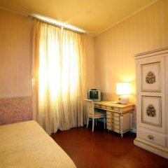 Отель B&B Relais Tiffany 3* Стандартный номер с различными типами кроватей фото 4