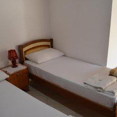 Отель Tomor Shehu Guest House Берат комната для гостей фото 2