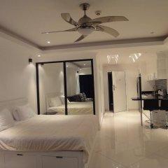 Отель Vtsix Condo Service at View Talay Condo Студия с различными типами кроватей