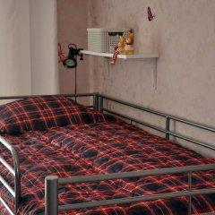 Мини-Отель Три Зайца Стандартный номер с 2 отдельными кроватями (общая ванная комната) фото 2
