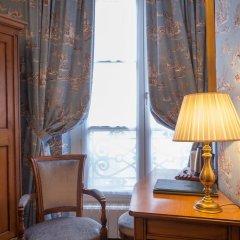 Best Western Grand Hotel De L'Univers 3* Стандартный номер с двуспальной кроватью фото 19