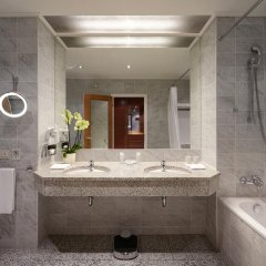 Гостиница Балчуг Кемпински Москва 5* Номер Премиум разные типы кроватей фото 4