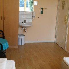 Отель Cochs Pensjonat 2* Стандартный номер с 2 отдельными кроватями (общая ванная комната) фото 4