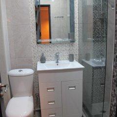 Отель Stay In Heart Of Yerevan Армения, Ереван - отзывы, цены и фото номеров - забронировать отель Stay In Heart Of Yerevan онлайн ванная