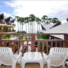 Отель Woraburi Phuket Resort & Spa 4* Улучшенный номер двуспальная кровать фото 11