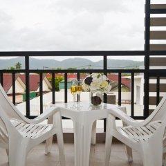 Отель Rattana Residence Thalang балкон