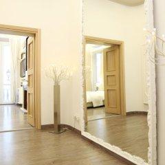 Отель Relais Sistina 2* Улучшенный номер с различными типами кроватей