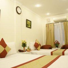 Blue Moon Hotel 2* Номер Делюкс с различными типами кроватей фото 2