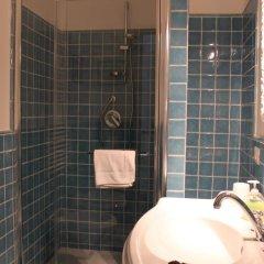 Отель Torre del Falco Италия, Сполето - отзывы, цены и фото номеров - забронировать отель Torre del Falco онлайн ванная фото 2