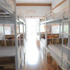 Отель Hoang Nga Guest House 2* Кровать в общем номере с двухъярусной кроватью фото 8