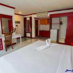 Отель Baan Phil Guesthouse удобства в номере фото 2