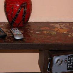 Отель Takht House Дилижан сейф в номере