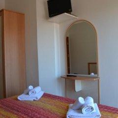 Hotel Apis 3* Стандартный номер с различными типами кроватей фото 20