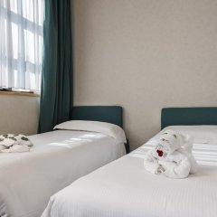 Caesars Hotel 4* Стандартный семейный номер с двуспальной кроватью фото 5