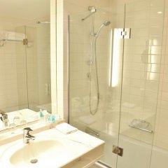 Отель Holiday Inn Hamburg 4* Стандартный номер с различными типами кроватей фото 5