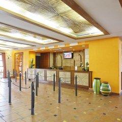 Отель PortAventura Hotel El Paso - Theme Park Tickets Included Испания, Салоу - 12 отзывов об отеле, цены и фото номеров - забронировать отель PortAventura Hotel El Paso - Theme Park Tickets Included онлайн интерьер отеля фото 2