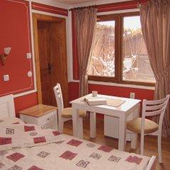 Отель Guest House Grandpa's Mitten Болгария, Копривштица - отзывы, цены и фото номеров - забронировать отель Guest House Grandpa's Mitten онлайн детские мероприятия