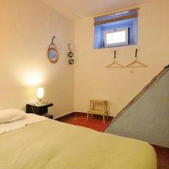 Отель Lisbon Story Guesthouse 3* Стандартный номер с двуспальной кроватью (общая ванная комната) фото 3