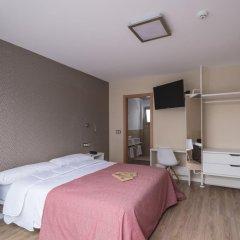 Отель Hostal La Lonja комната для гостей фото 4