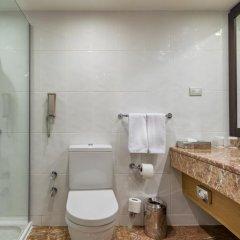 Отель Mersin HiltonSA ванная фото 3