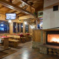 Отель Sinia Vir Eco Residence Болгария, Сливен - отзывы, цены и фото номеров - забронировать отель Sinia Vir Eco Residence онлайн гостиничный бар