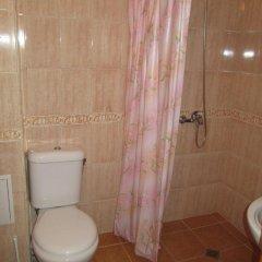 Отель Alex 2 Alexander Services Apartments Болгария, Банско - отзывы, цены и фото номеров - забронировать отель Alex 2 Alexander Services Apartments онлайн ванная
