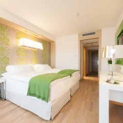 Отель Occidental Praha Five 4* Стандартный номер с различными типами кроватей фото 9