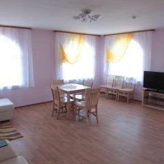 Гостиница Соловецкая Слобода комната для гостей фото 18