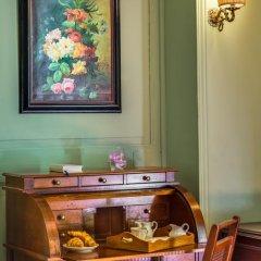 Отель Casa Howard Guest House Rome (Capo Le Case) 3* Номер Делюкс с различными типами кроватей фото 9