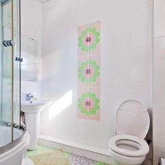 Гостиница Южный Ветер отель в Анапе отзывы, цены и фото номеров - забронировать гостиницу Южный Ветер отель онлайн Анапа ванная