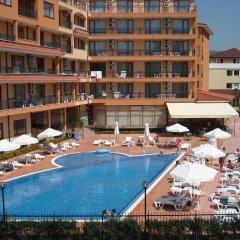 Отель Happy Aparthotel&Spa бассейн