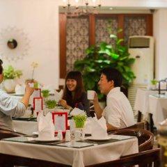 Oriental Central Hotel питание фото 3