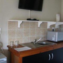 Отель Outeniquabosch Lodge 3* Шале с различными типами кроватей фото 8