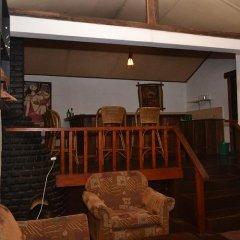 Отель Trout Cabines интерьер отеля фото 2