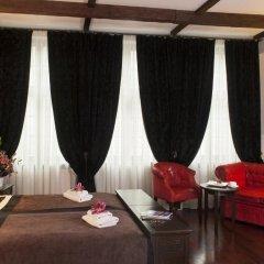 Отель Holland House Residence 4* Улучшенный номер фото 2
