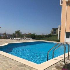 Отель Teddy House Болгария, Свети Влас - отзывы, цены и фото номеров - забронировать отель Teddy House онлайн бассейн фото 3