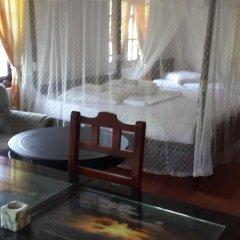 Отель Roshini Inn комната для гостей фото 3