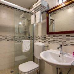 Отель B&B Leoni Di Giada 3* Стандартный номер с двуспальной кроватью фото 8