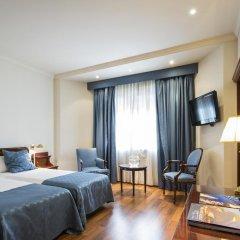 Ayre Hotel Astoria Palace 4* Улучшенный номер с различными типами кроватей фото 3