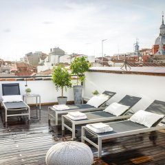 Апартаменты Eric Vökel Boutique Apartments - Madrid Suites бассейн фото 3
