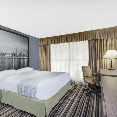 Отель Super 8 Downtown Toronto 2* Стандартный номер с различными типами кроватей фото 5