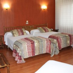 Hotel Marques de Santillana комната для гостей
