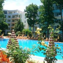 Отель Yassen VIP Apartaments бассейн фото 2