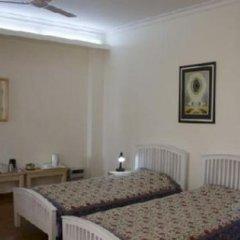 Отель Colonel's Retreat At The Airport 3* Стандартный номер с различными типами кроватей фото 7