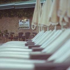 Han Deluxe Hotel бассейн фото 2