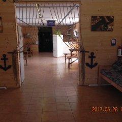 Гостиница Chernomorsky Mayak интерьер отеля