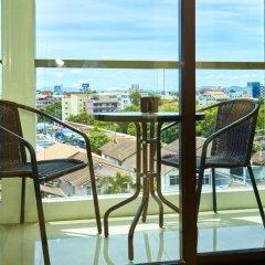 Отель The Chezz Central Condo By Mypattayastay Паттайя балкон