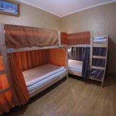 Гостиница Майкоп Сити Кровать в женском общем номере с двухъярусной кроватью