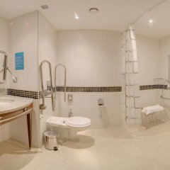 Гостиница Хэмптон бай Хилтон Уфа ванная фото 2